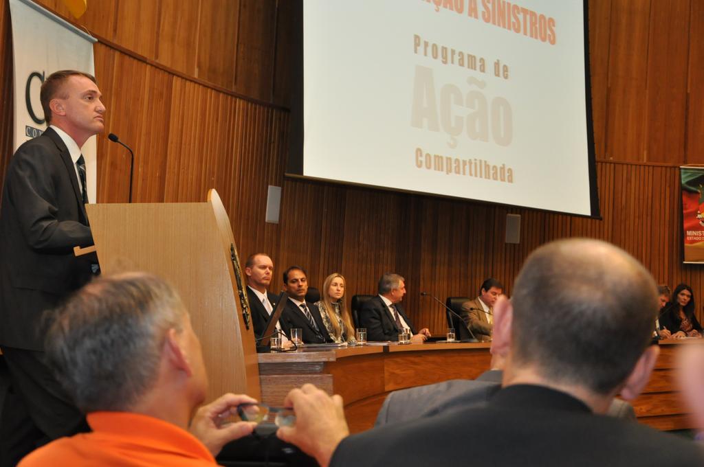 Coronel Paulo Roberto Locatelli Gandin falou em nome da Defesa Civil